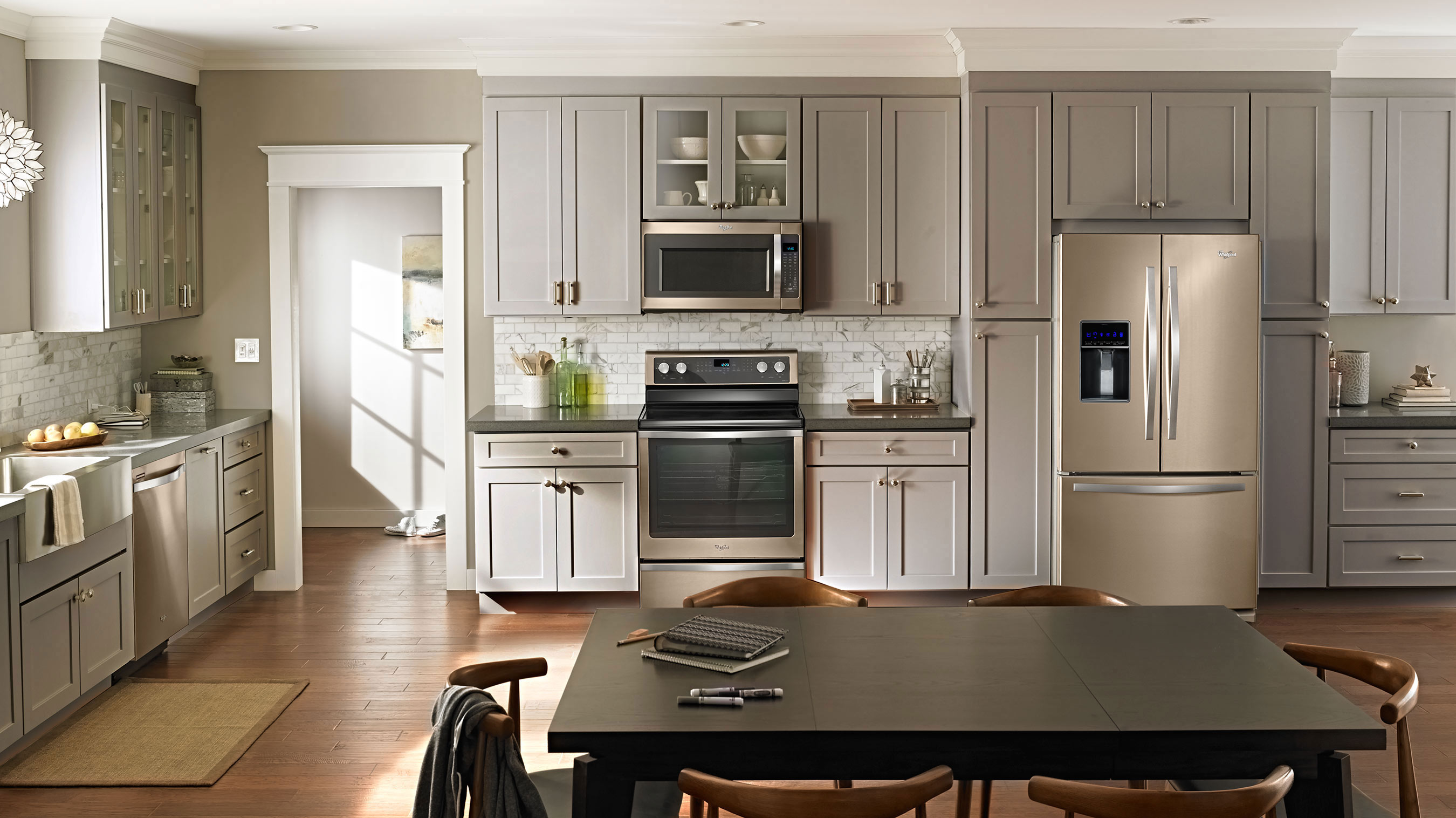 White Kitchen Cabinets With Champaign Gold Hardware Images